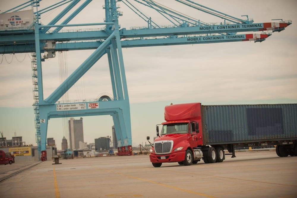 BR Williams Intermodal Trucking Services